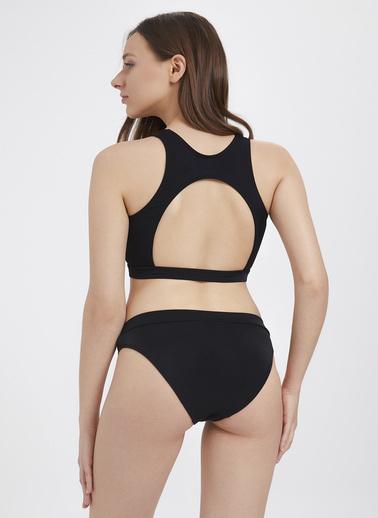 Katia & Bony Sırt Dekolteli Spor Kadın Bikini Seti  Siyah